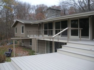 Cable Railing Post Color To Match The Exterior Of Home
