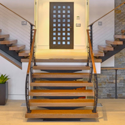 Grand Entry Mono Stringer Stair and Railing – Candlewood Lake, CT