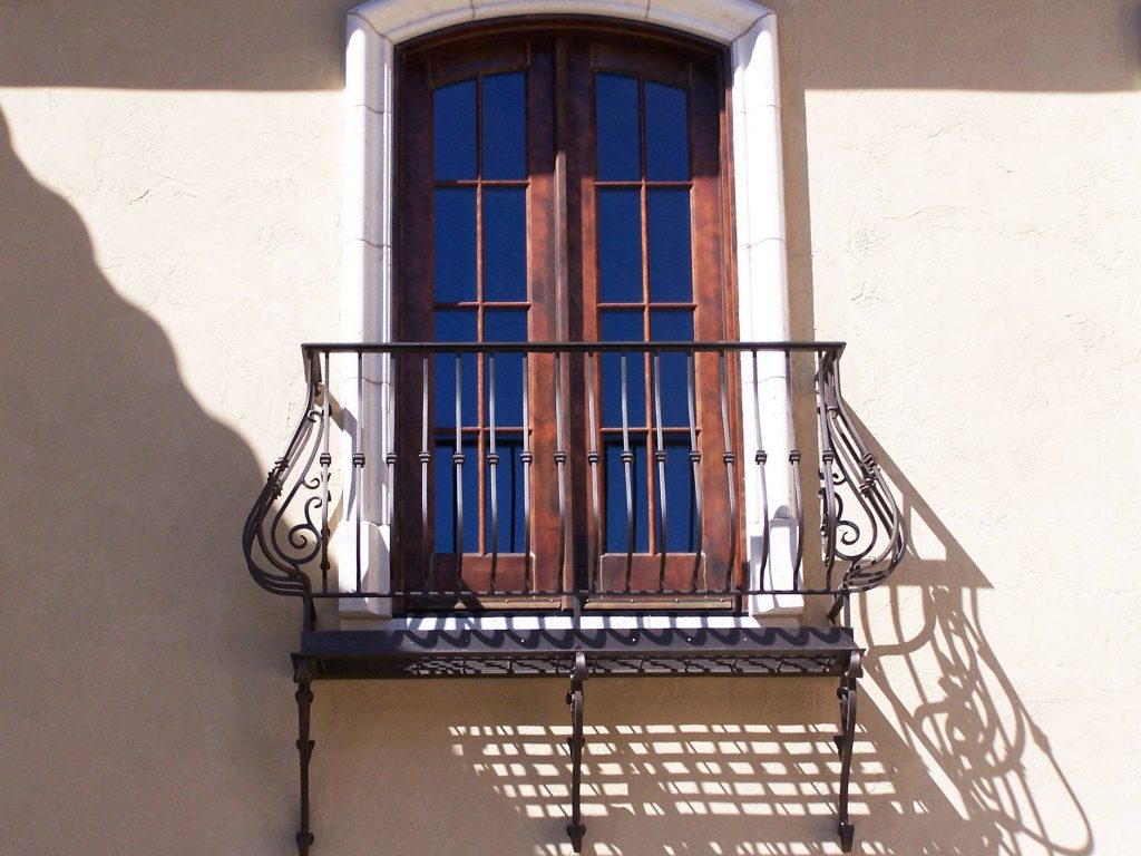 Classical balcony galvanized and power