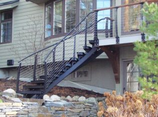Curved outdoor deck stair