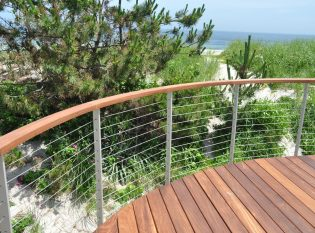 Curved ipe deck with the Ithaca style railing