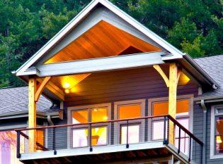Keuka Studios collaborated with a North Carolina deck builder