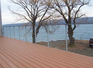 Rectangular metal top railing