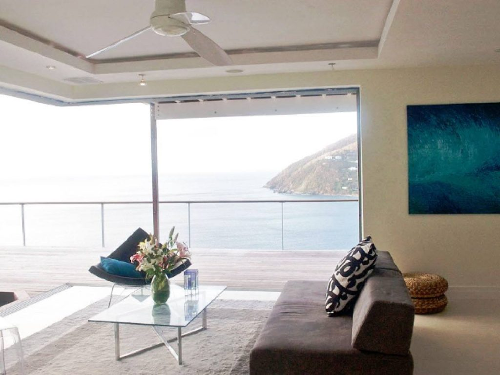 Carribean view through the cornerless window wall