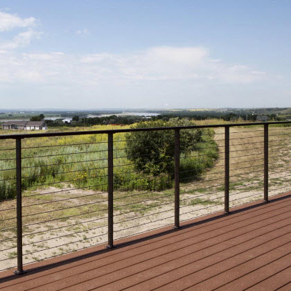 Cable railing on deck in Washburn ND