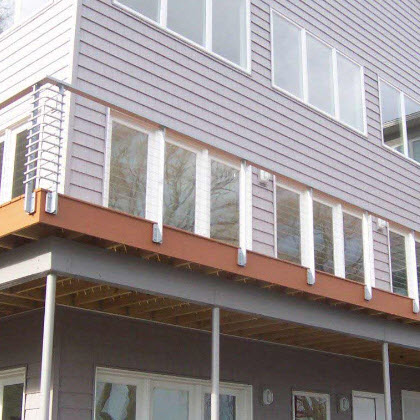 Modern cable railing for a deck