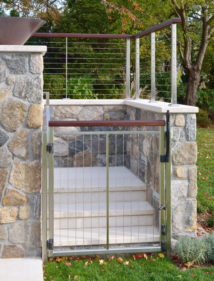 Single Stainless Vertical Cable Railing Gate