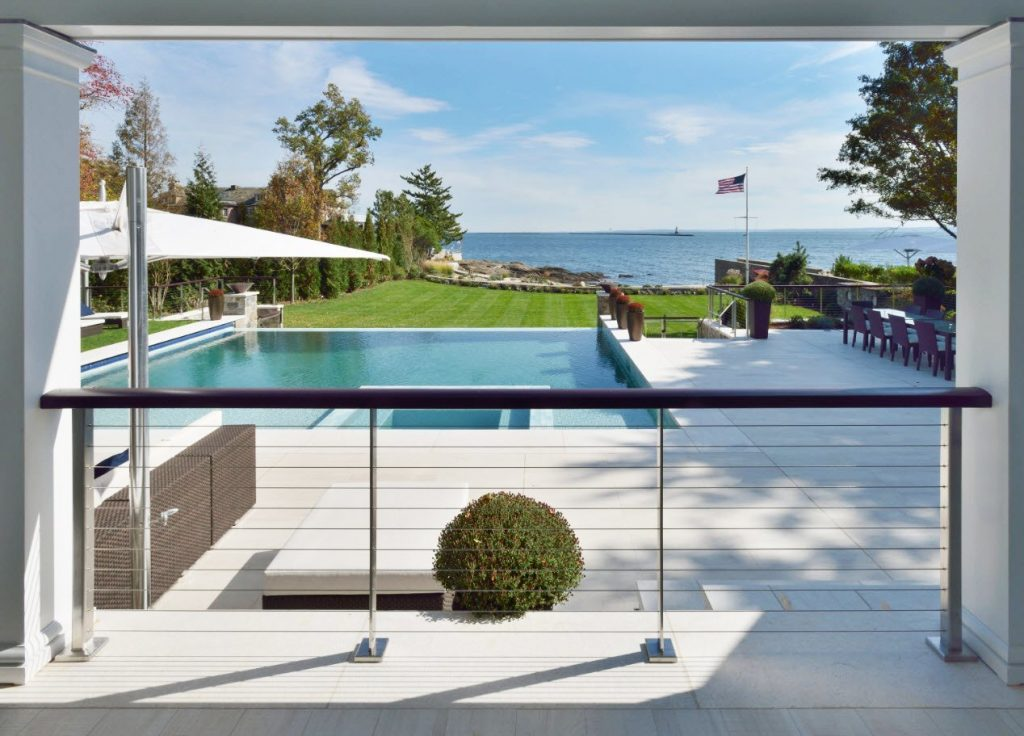 Greenwich home with vertical and horizontal cable railings made from 316 stainless steel
