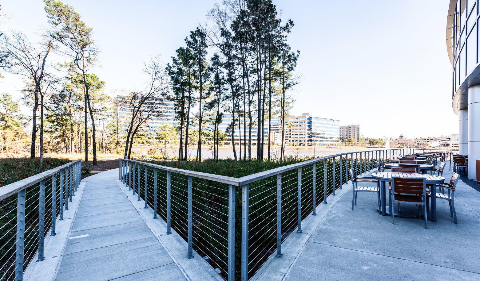 Cable railing on concrete ramp - The Woodlands, TX