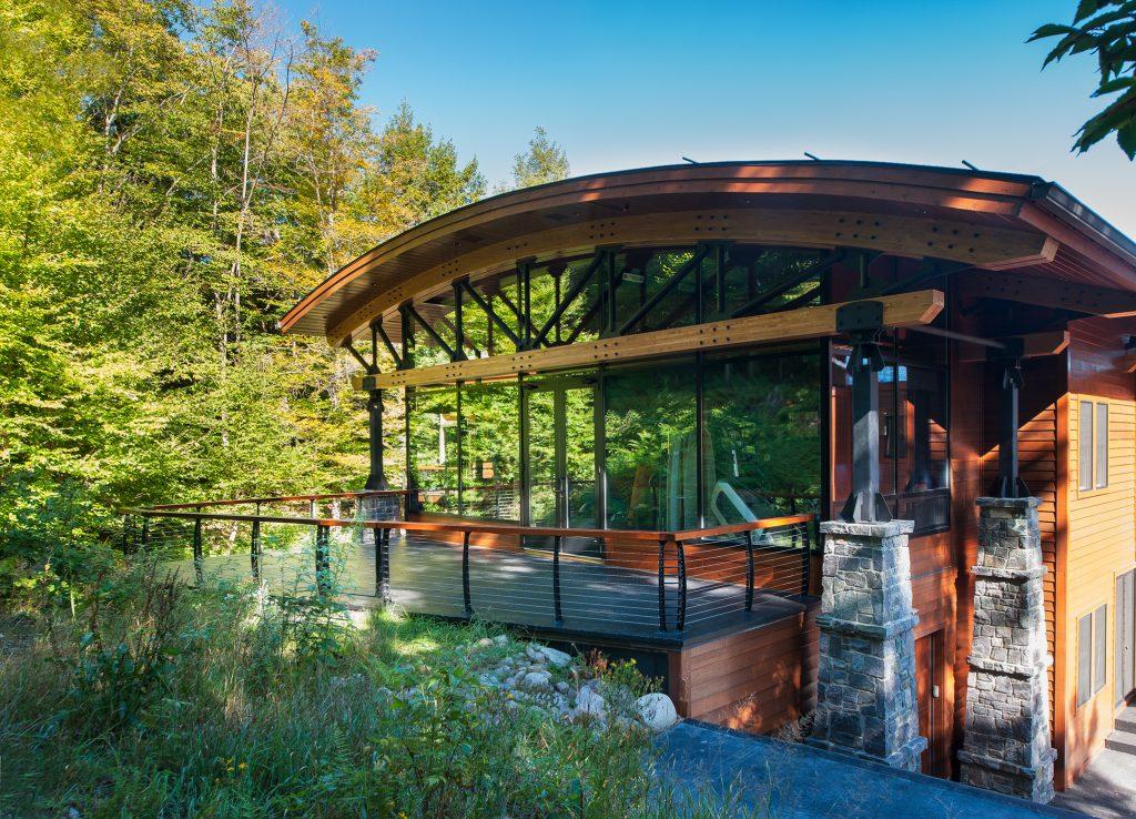 Keuka Studios Keuka style cable railings on an Adirondack home