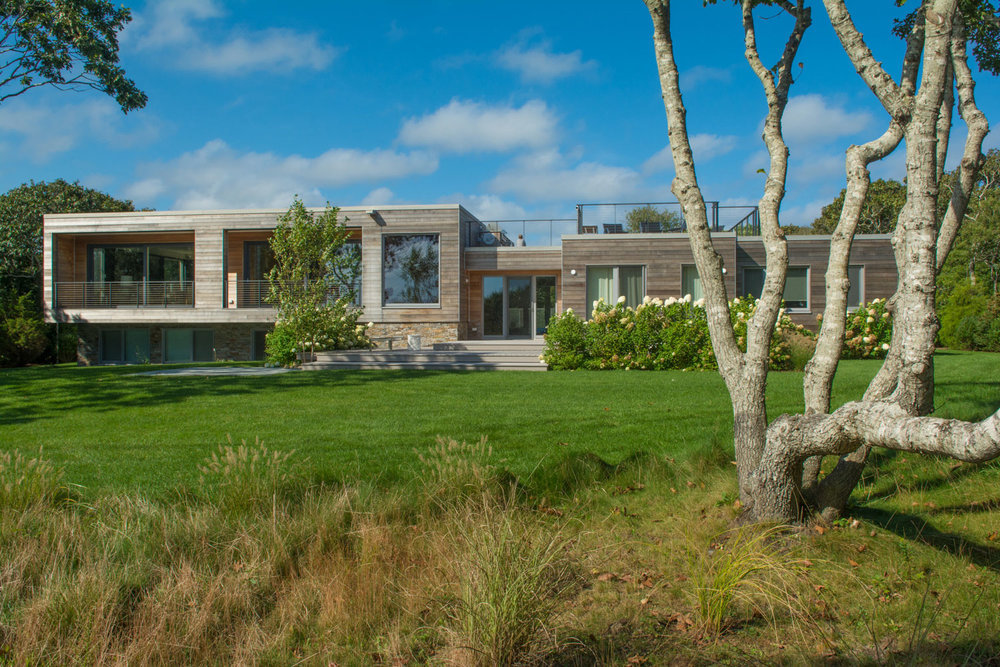 Modern home in in Edgartown, MA