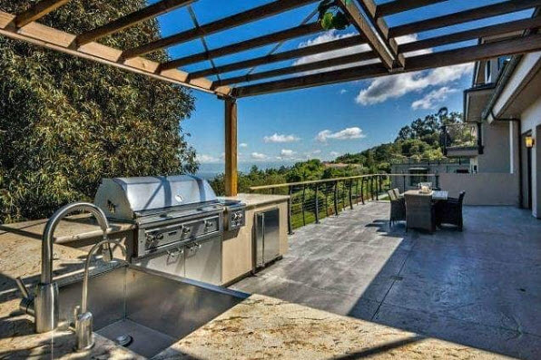 Los Gatos deck with cable railing
