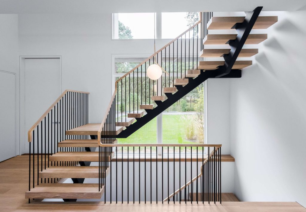 Quarter turn stairs and railing project with pencils spindles