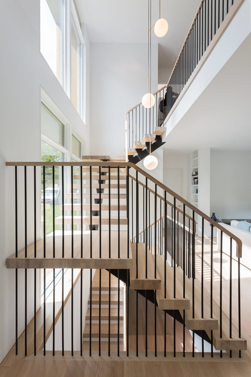 Floating stair pencil rail 5