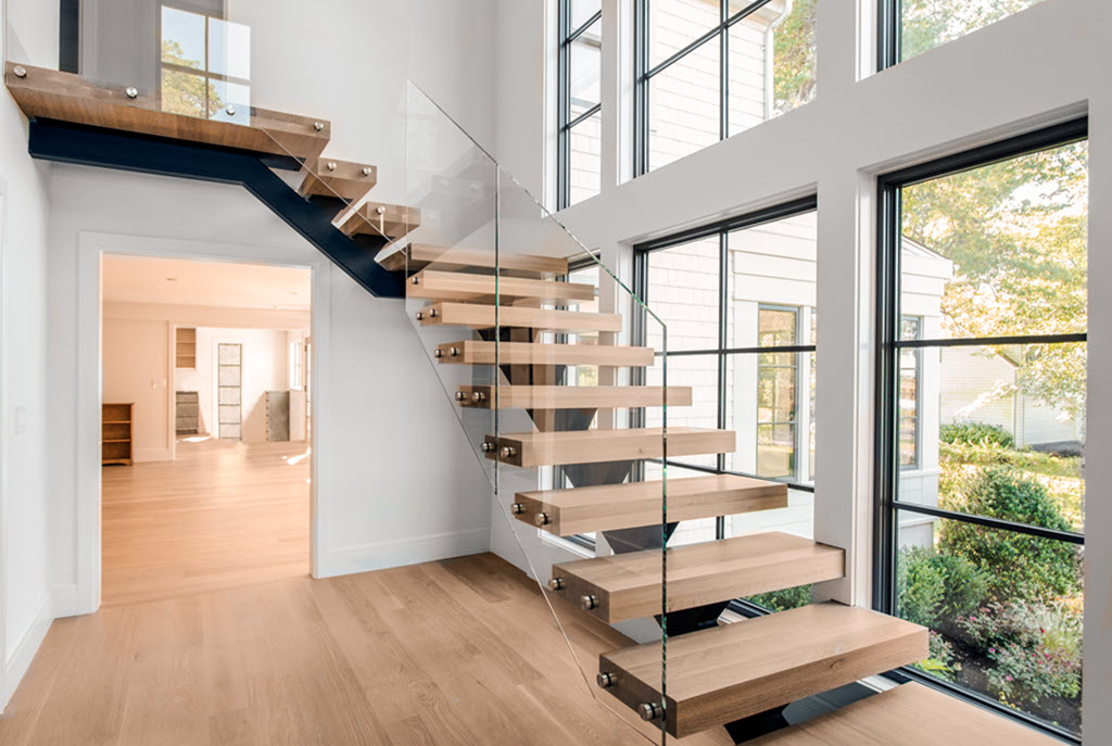 Floating Stairs with Glass Balustrade